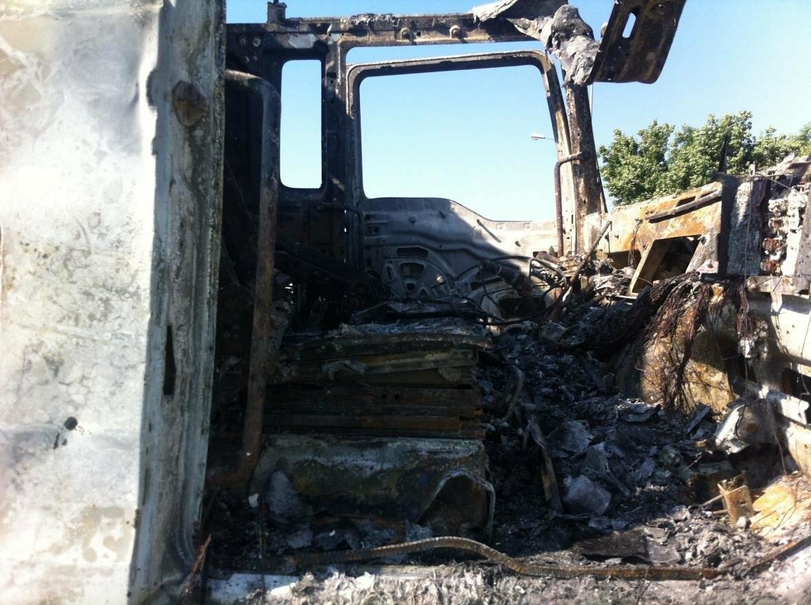 На трассе М-19, недалеко от Новошахтинска, сгорела фура с арбузами , фото-1
