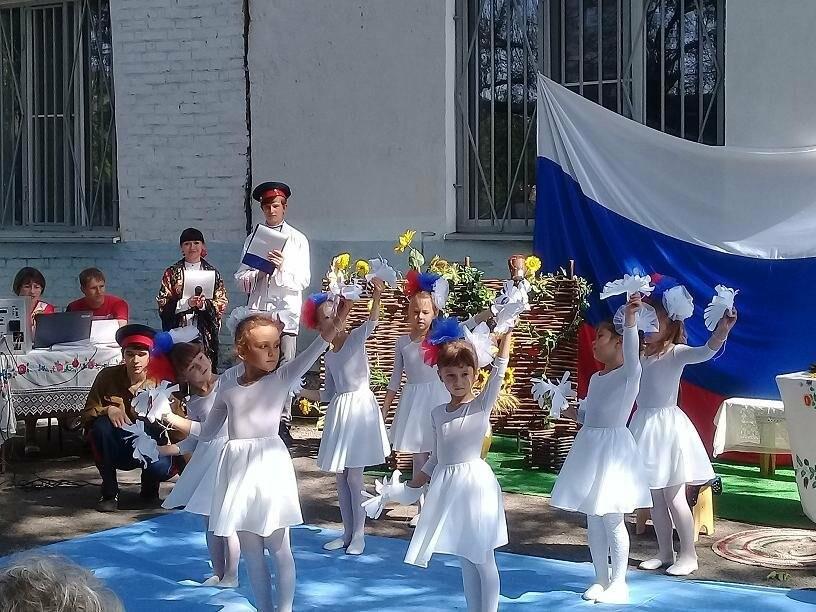 В Новошахтинске прошел фестиваль «Казачьему роду нема переводу», фото-3