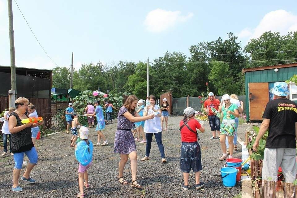 В Новошахтинске стартовала выездная Летняя школа для принимающих семей, фото-3