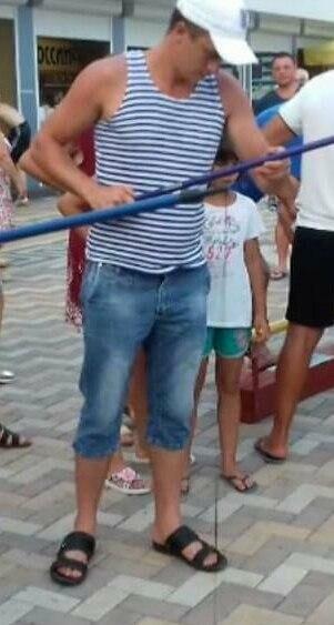 """В Новошахтинске ищут парня, который исчез из гостиницы """"Заря"""", фото-1"""