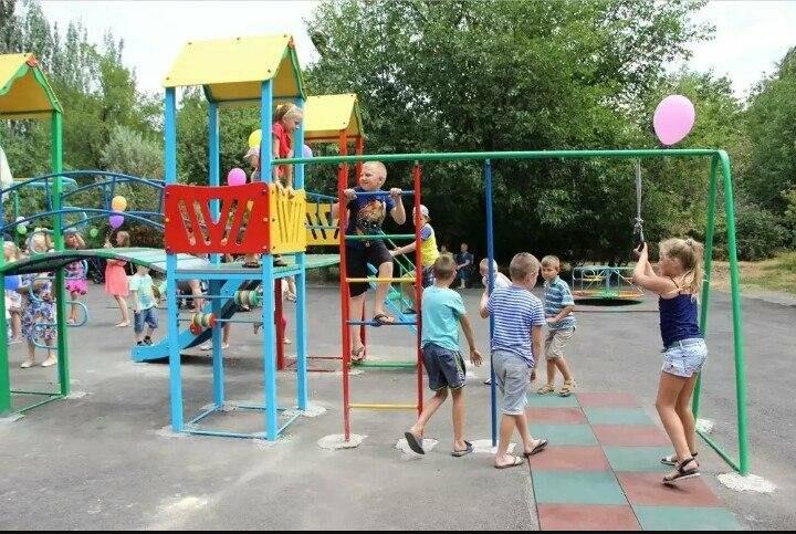 Жители посёлка Кирова в Новошахтинске просят местных жителей помочь в благоустройстве детской площадки, фото-2
