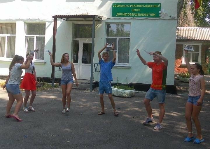 Детям, попавшим в трудную жизненную ситуацию, помогут в СРЦ Новошахтинска, фото-3