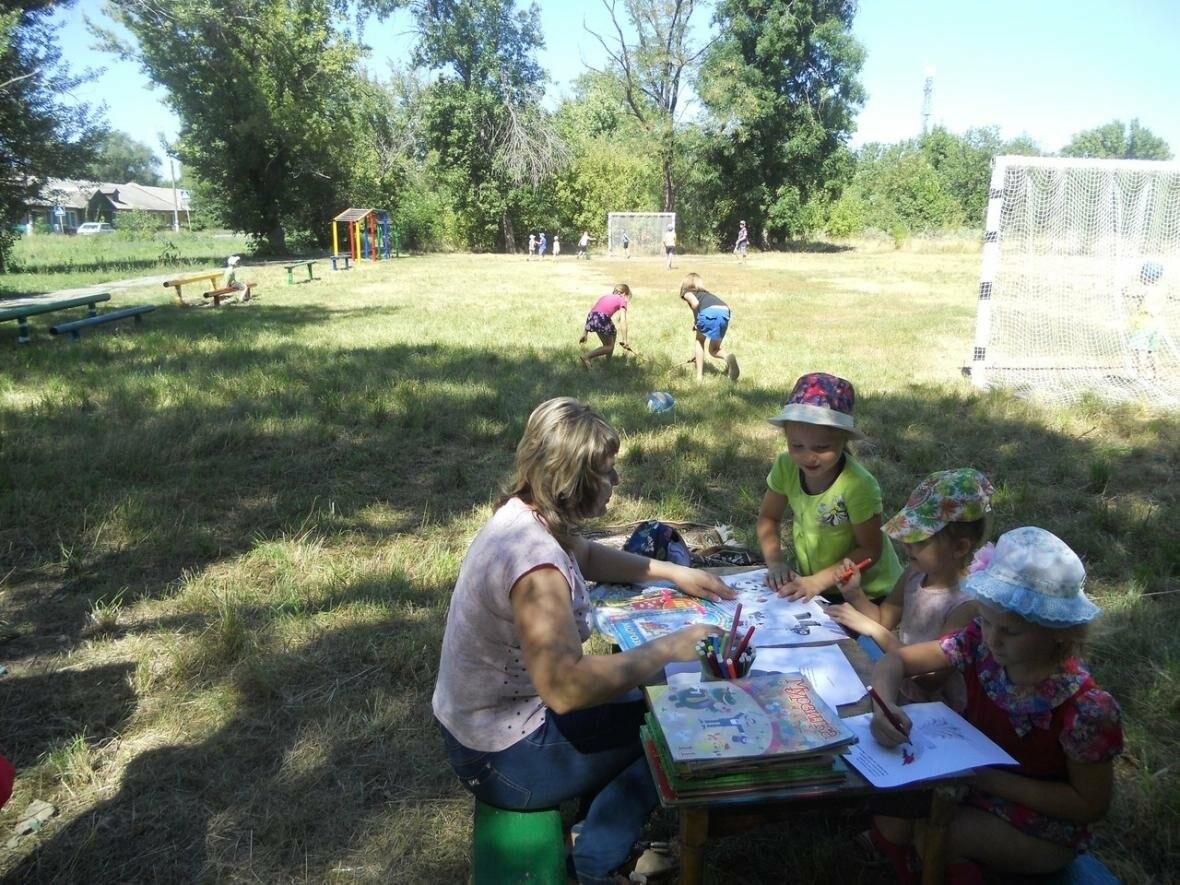 В Новошахтинске на новой площадке  приятно и книжки почитать, фото-2