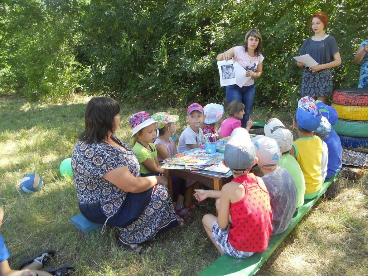 В Новошахтинске на новой площадке  приятно и книжки почитать, фото-4