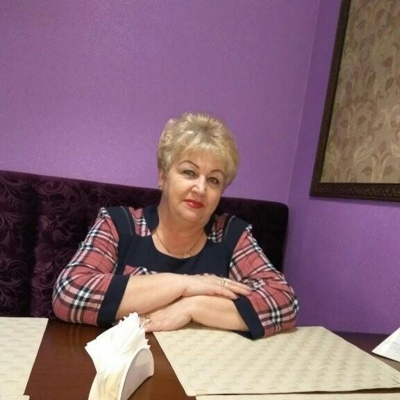Жительниц Новошахтинска поздравляют с Днём матери, фото-5