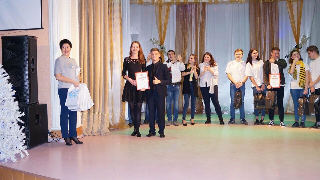 В Новошахтинске определили самых весёлых и находчивых , фото-6