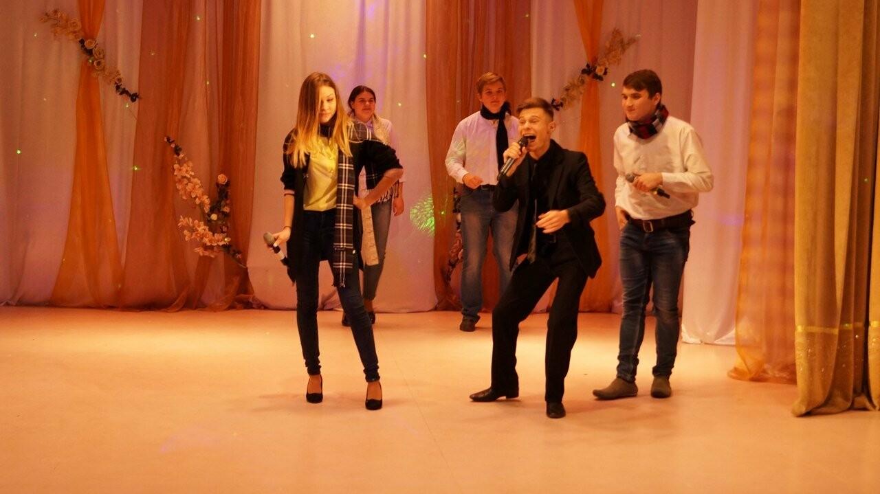 В Новошахтинске определили самых весёлых и находчивых , фото-4