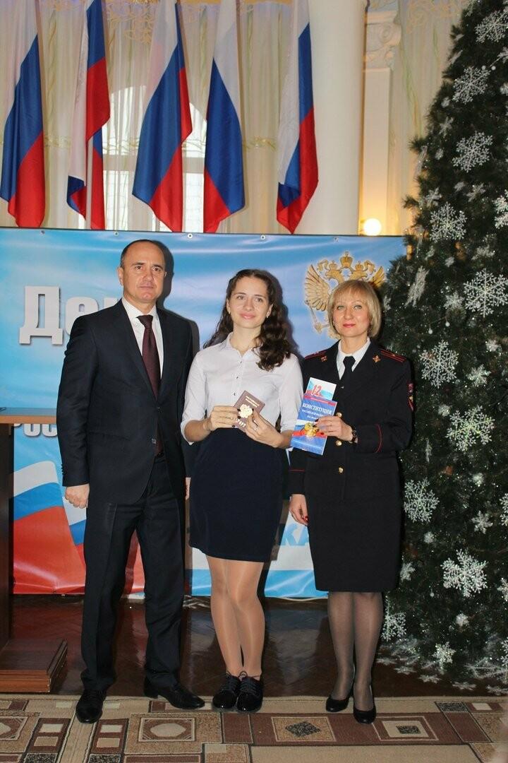 Юные новошахтинцы получили главный документ гражданина России, фото-4