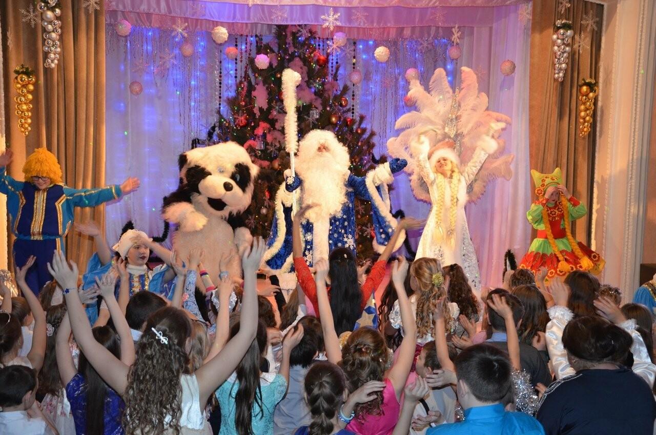 В Новошахтинске прошло новогоднее мероприятие для одарённых детей , фото-2
