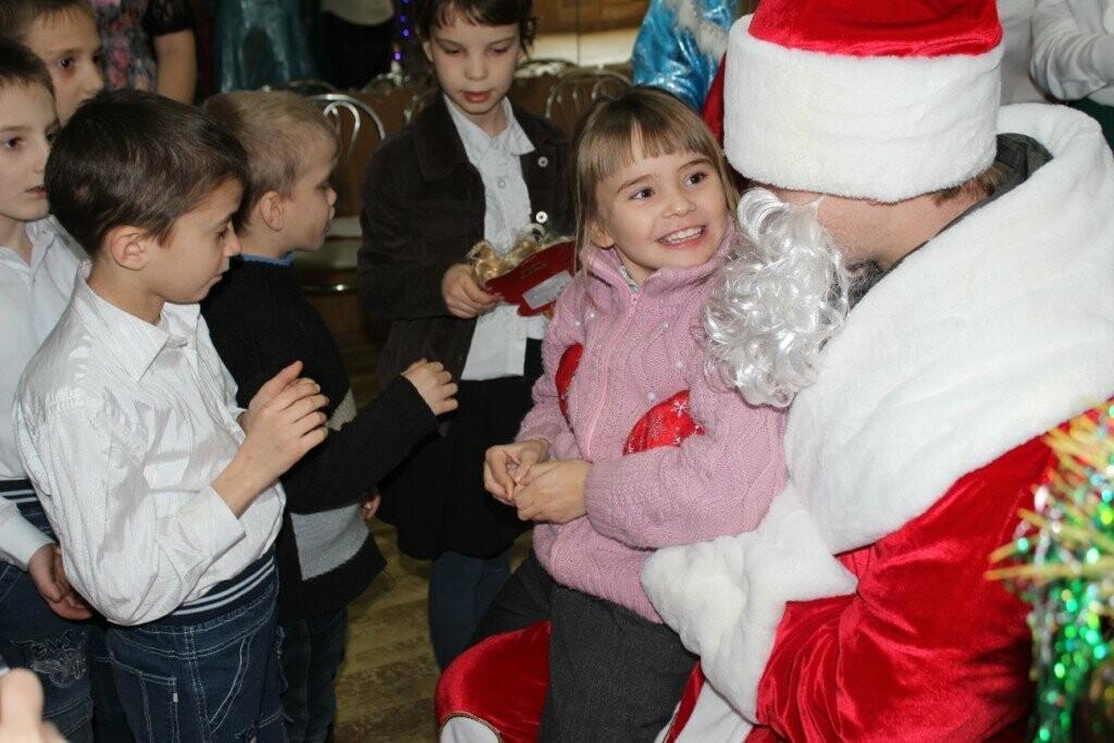 В Новошахтинске продолжаются новогодние утренники , фото-2