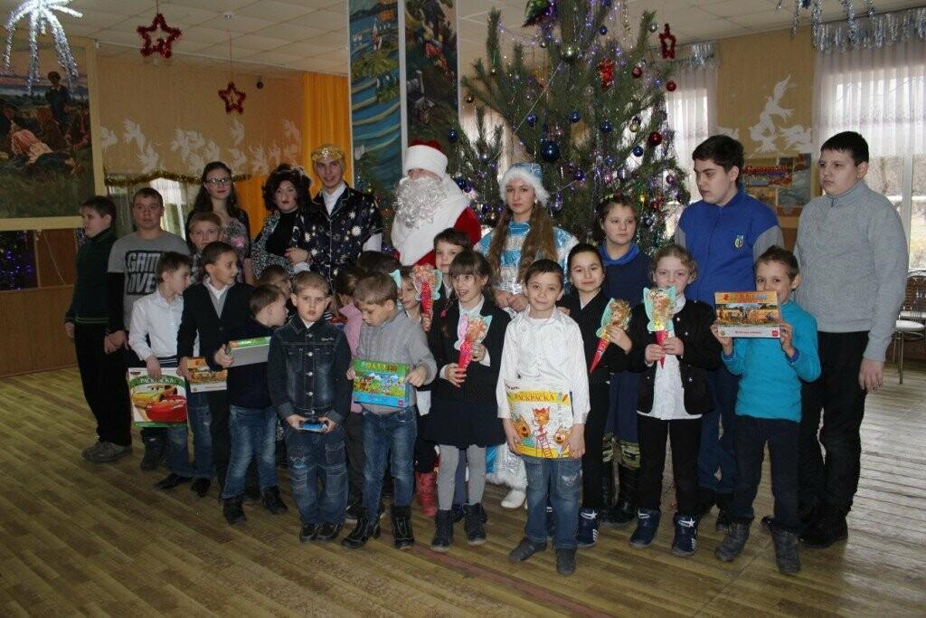 В Новошахтинске продолжаются новогодние утренники , фото-3