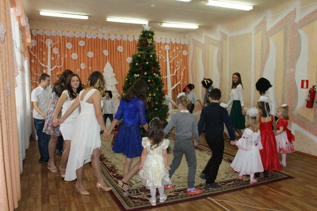 В Новошахтинске продолжаются новогодние утренники , фото-8