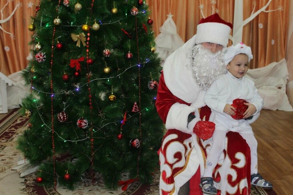 В Новошахтинске продолжаются новогодние утренники , фото-5