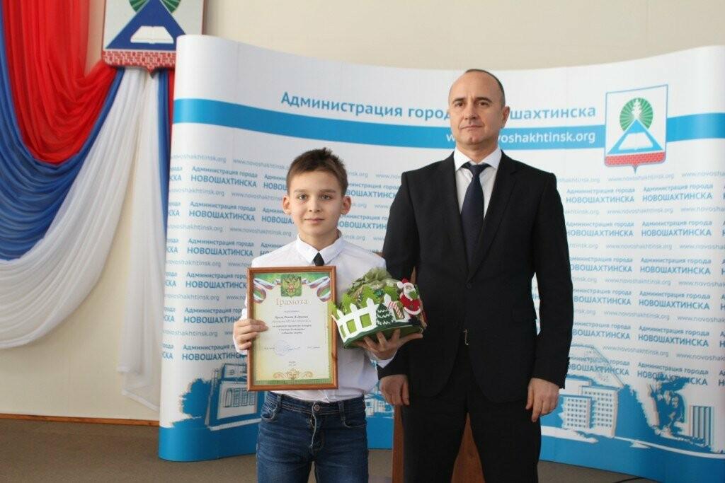 В Новошахтинске прошёл торжественный прием мэром города одаренных детей, фото-4