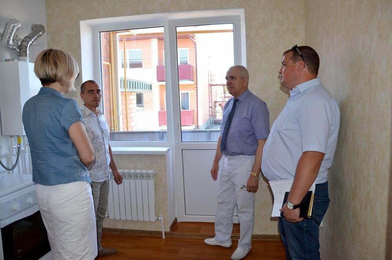 Дети-сироты Новошахтинска скоро получат новые квартиры , фото-1