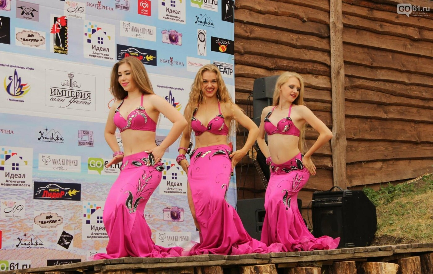 В Новошахтинске отметили один из самых таинственных и красочных праздников, фото-2