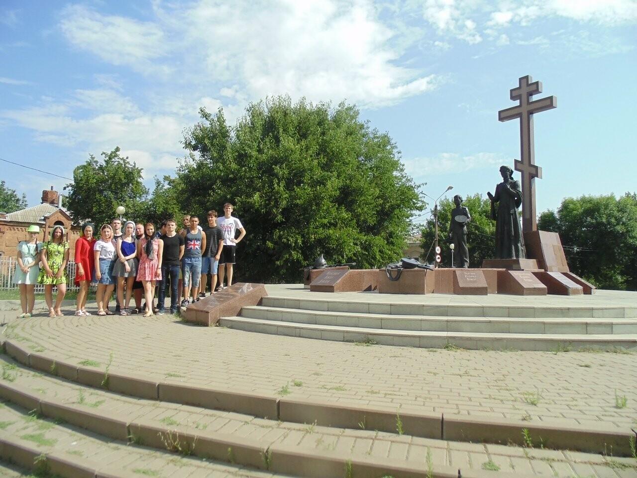 Добровольцы Новошахтинска побывали в паломнической поездке, фото-1