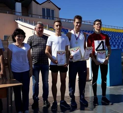 В Новошахтинске состоялся Чемпионат города по легкой атлетике, фото-1