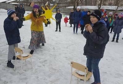 В СРЦ Новошахтинска отметили начало масленичной недели, фото-2