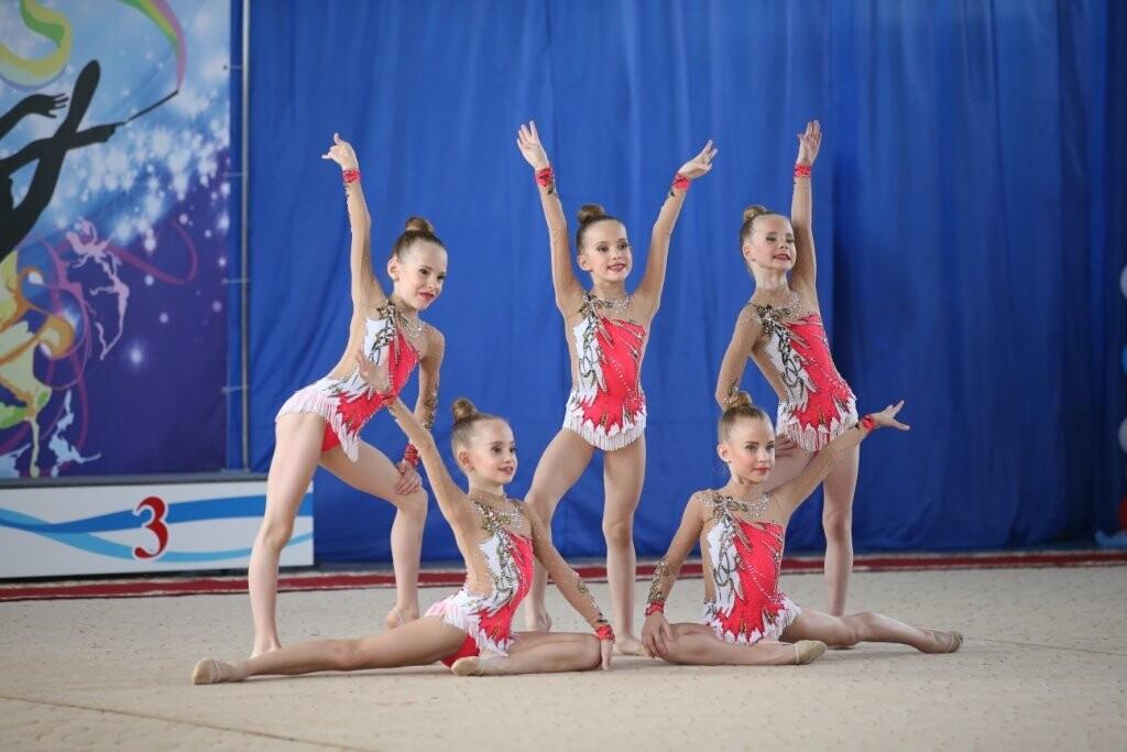 В 36 раз Новошахтинск стал центром красоты, грации и силы, фото-1
