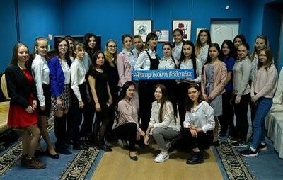 В драмтеатре Новошахтинска прошла акция «100 баллов для победы», фото-3