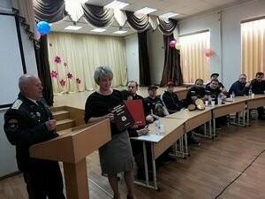 В Новошахтинске состоялся круглый стол с несовершеннолетними «От родителей детям», фото-1
