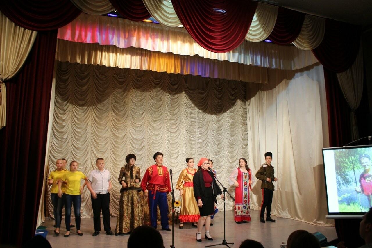 В Новошахтинске определили победителей муниципального этапа конкурса театрального искусства, фото-5
