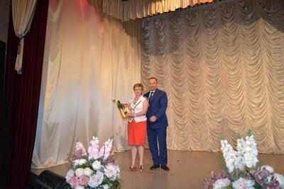 Медицинских работников Новошахтинска поздравили с профессиональным праздником, фото-1