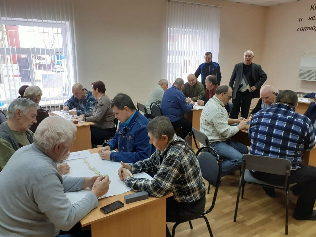 В Новошахтинске состоялся турнир по домино, посвященный Декаде инвалидов, фото-1