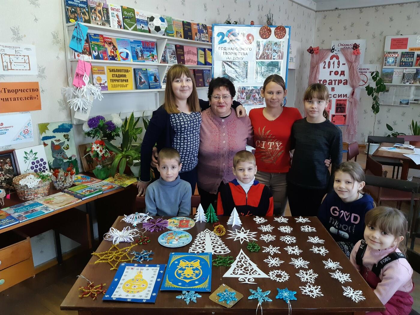 Юные новошахтинцы изготавливали подарки в специальной мастерской, фото-1