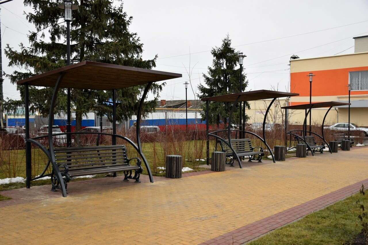 В Новошахтинске состоялось открытие обновленной площади, фото-1