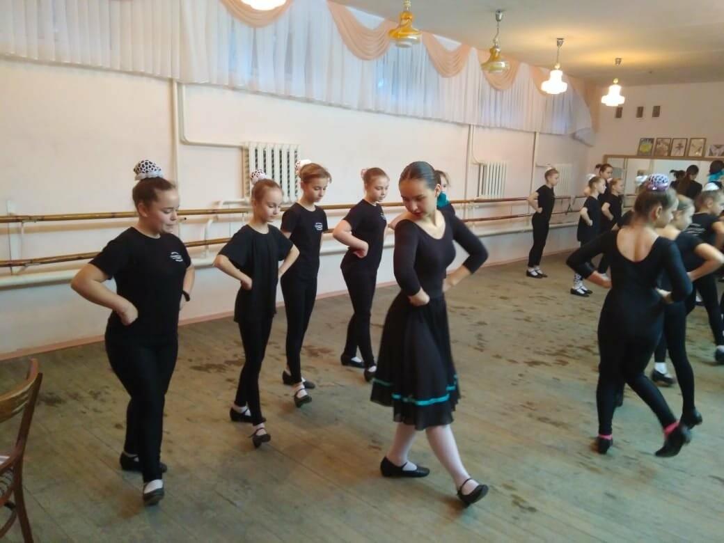 В Детской музыкальной школе состоялся мастер-класс по народному танцу, фото-3