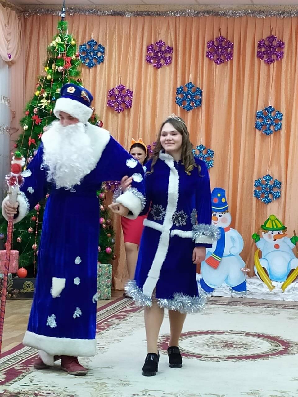 Студенты Новошахтинска посетили воспитанников социально-реабилитационного центра, фото-2