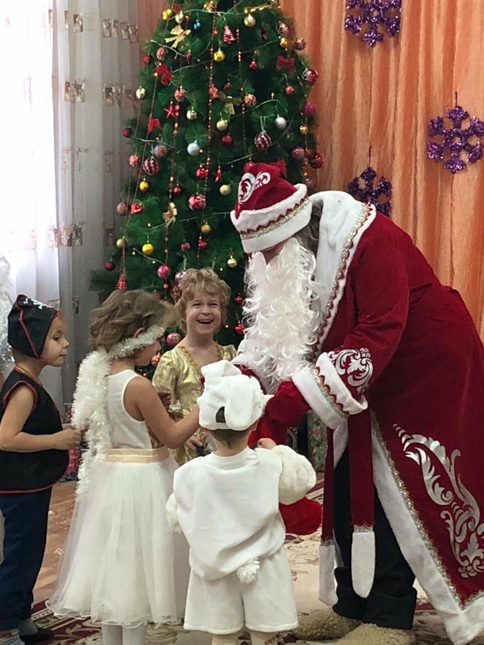 В СРЦ Новошахтинска прошли новогодние утренники , фото-1
