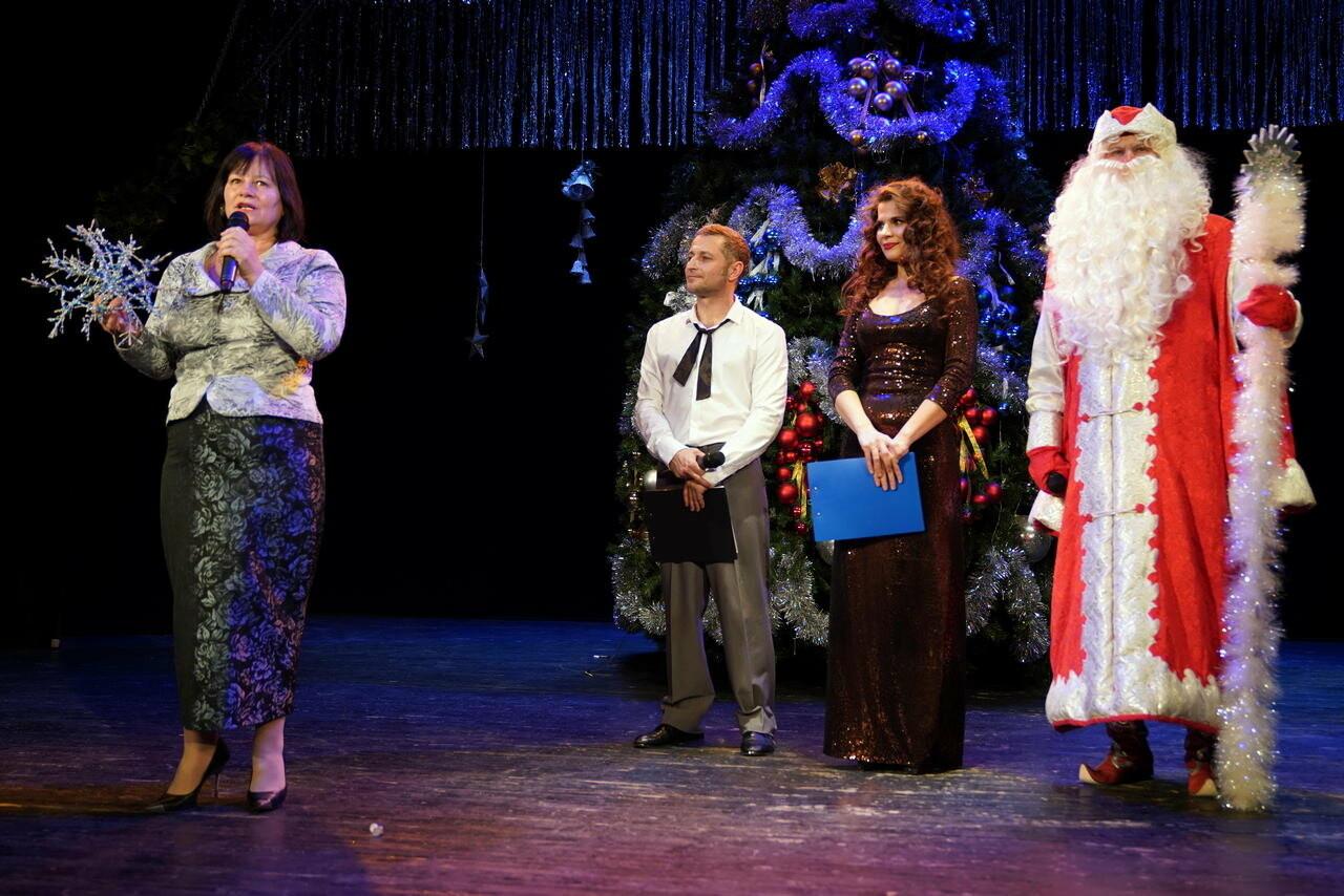 В Новошахтинском театре состоялся новогодний вечер , фото-1