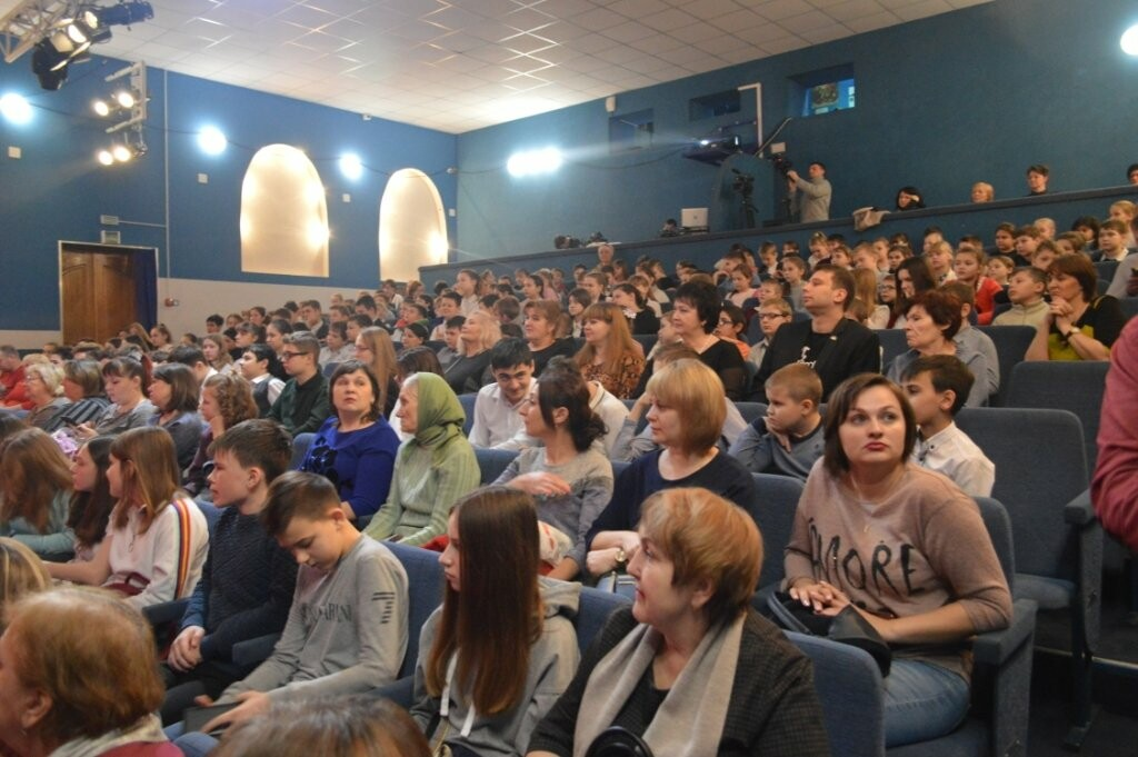 В Новошахтинске продолжается конкурс-фестиваль театральных коллективов , фото-5