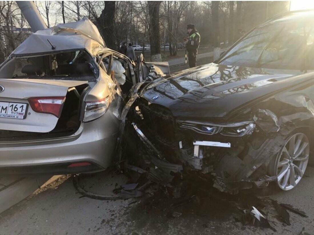 Ростовчанка погибла в аварии с участием BMW, фото-1