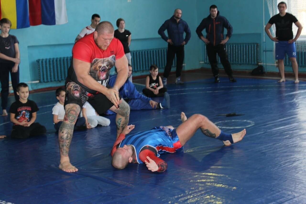 Новошахтинск посетил чемпион Европы по боевому самбо, фото-2