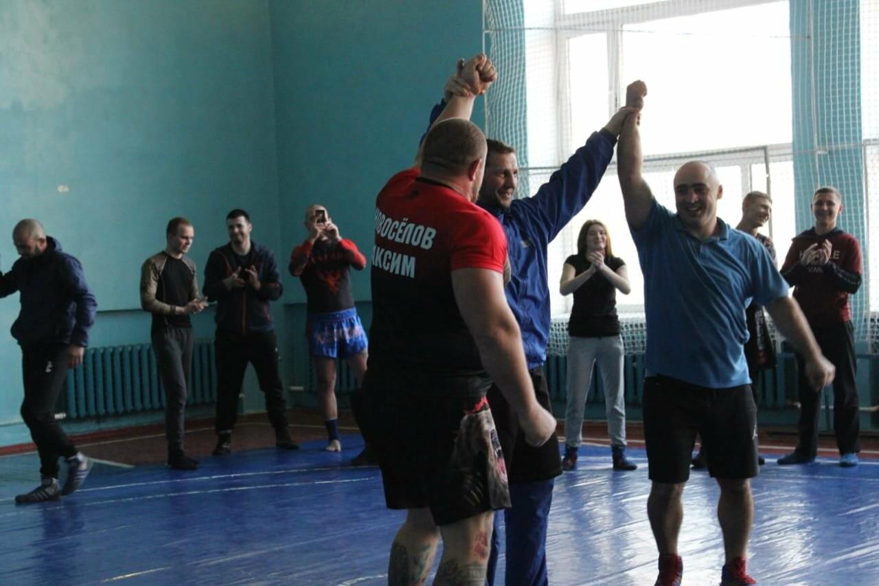 Новошахтинск посетил чемпион Европы по боевому самбо, фото-1