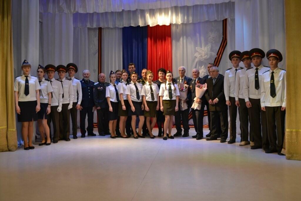 35 новошахтинских школьников вступили в ряды юнармейских отрядов, фото-1