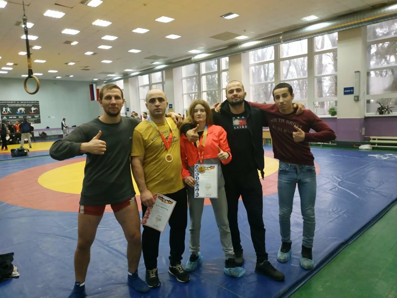 Новошахтинские спортсмены привезли награды чемпионата по вольной борьбе, фото-1
