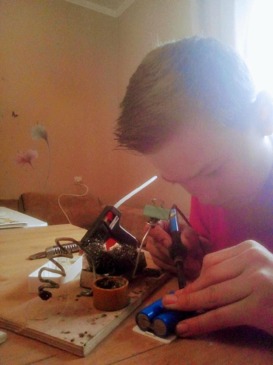 Юные новошахтинцы продолжают исследовательскую деятельность дома, фото-1