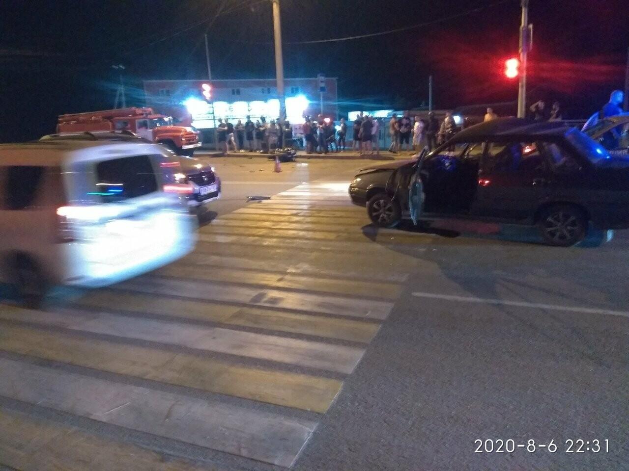 Учительница начальных классов погибла в аварии в Новошахтинске, фото-4