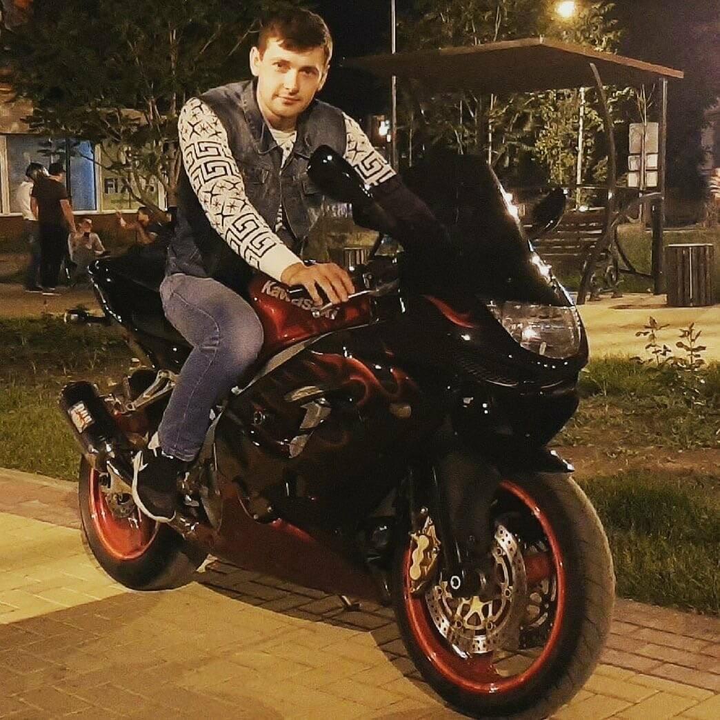 Скончался водитель мотоцикла, попавший в страшную аварию в Новошахтинске, фото-1