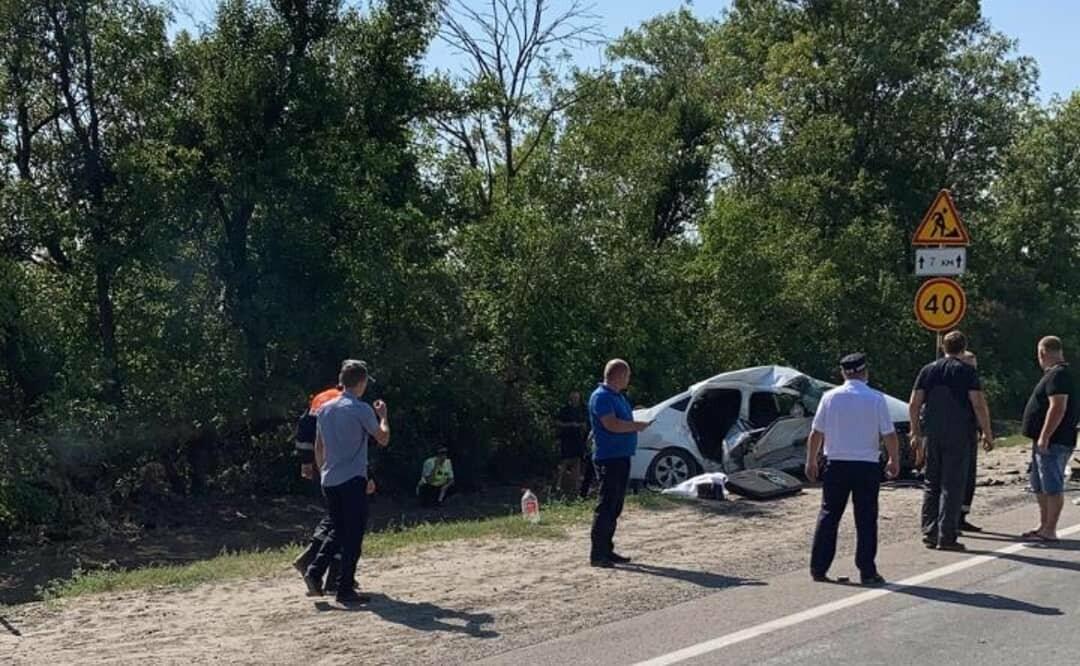 В Новошахтинске произошла смертельная авария. Два человека погибли, фото-1
