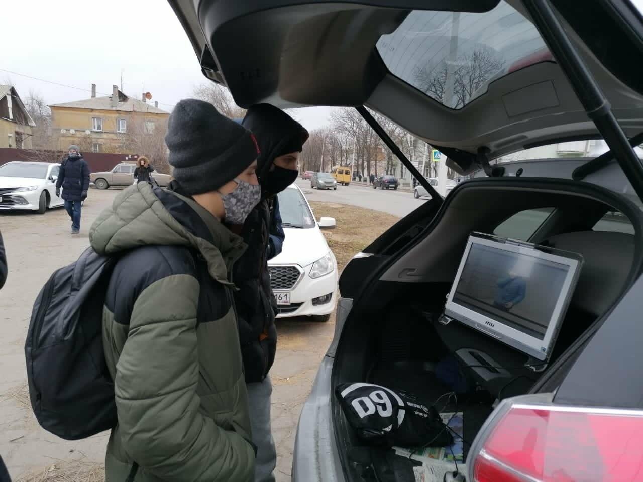 Жителям Новошахтинска напомнили о правилах дорожного движения , фото-1