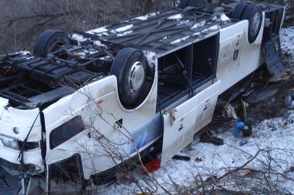 Рейсовый автобус перевернулся в Ростовской области - погибли четверо, в том числе, ребёнок